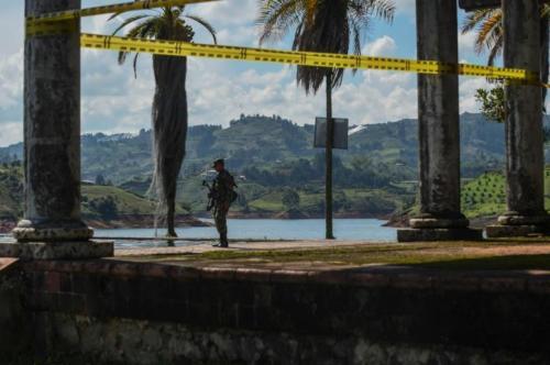 finca La Manuela, ubicada en El Peñol (Antioquia), antigua propiedad del narcotraficante Pablo Escobar4